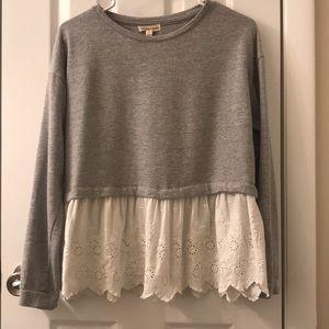5/$25 SALE Charmed Hearts sweatshirt size M